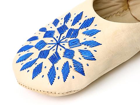 刺繍バブーシュナチュラル